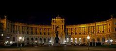 Hofburg bei Nacht