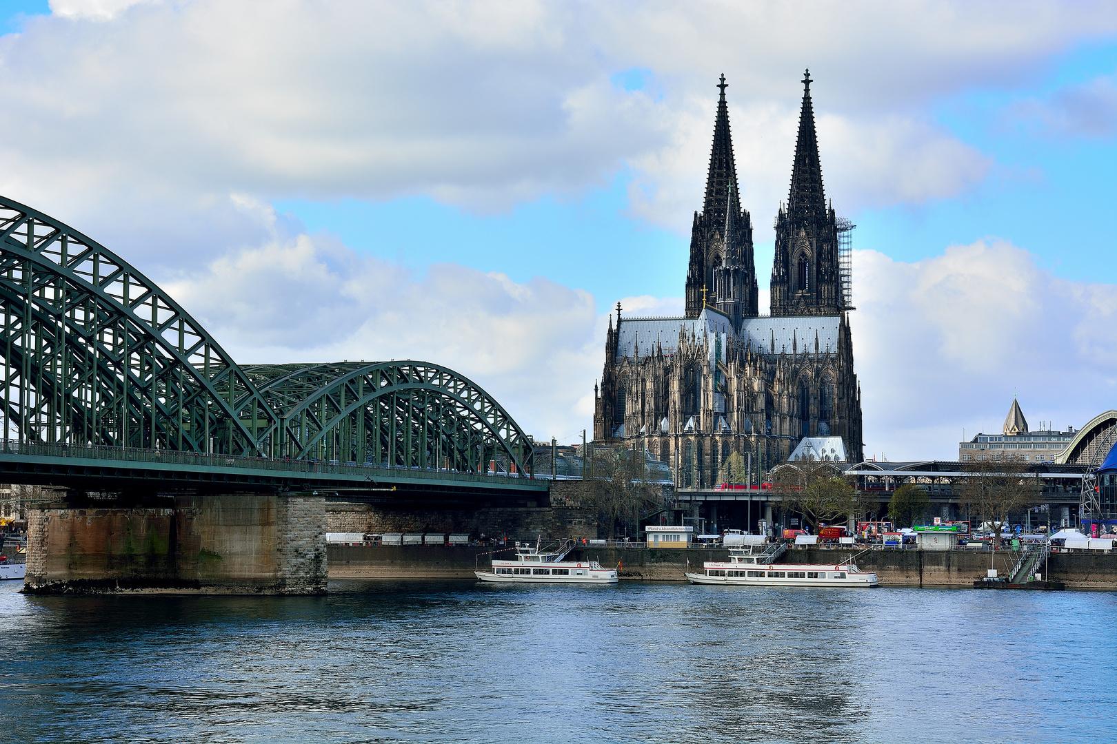 Hohenzollernbrücke 02