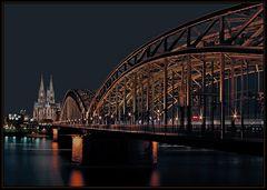"""Hohenzollernbrücke"""