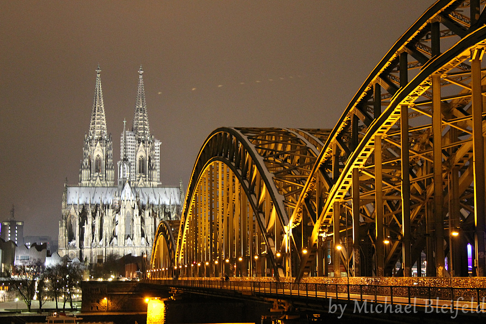 Hohenzollernbrücke und Kölner Dom