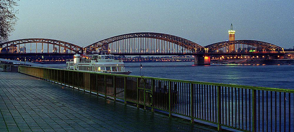 Hohenzollernbrücke@Köln