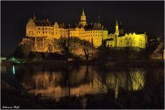 Hohenzollernschloss bei Nacht