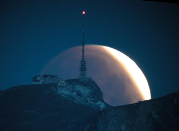 Hoher Kasten - Mondfinsternis im Alpstein