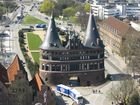 Holstentor im April 2007