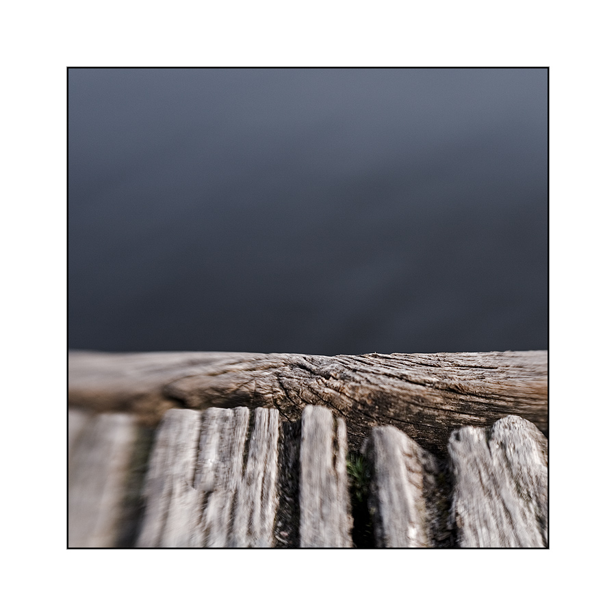 Holz auf Wasser