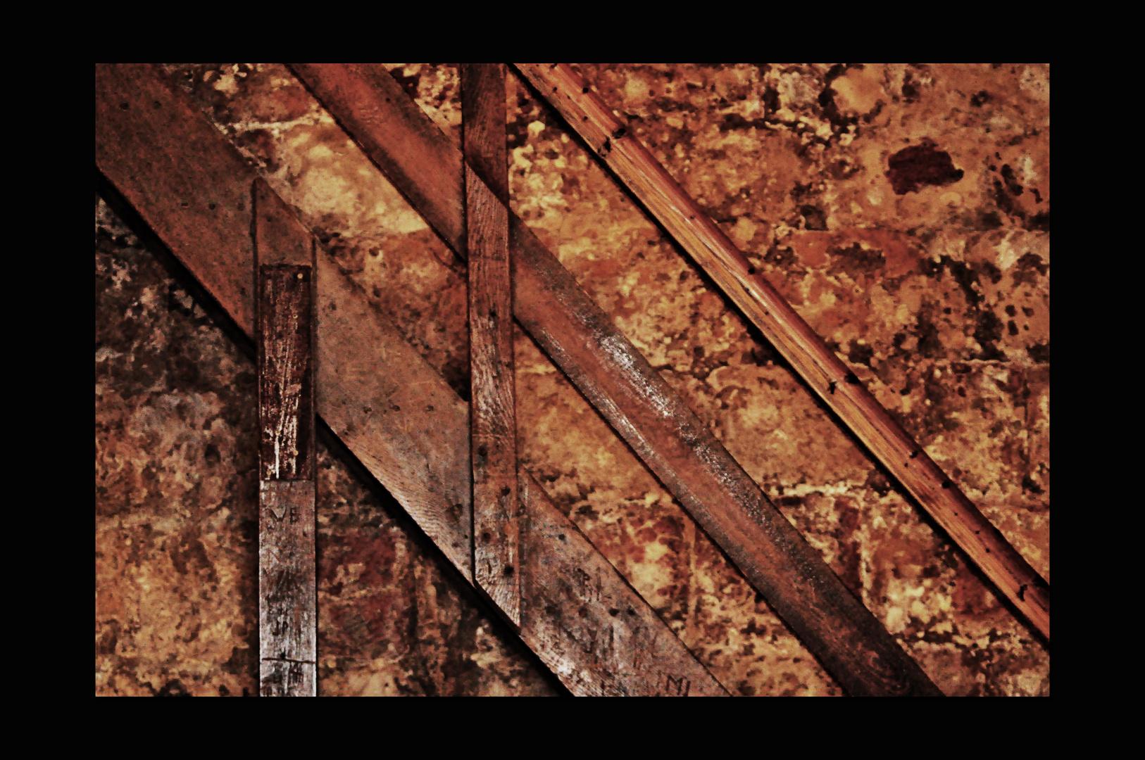 Holz--Gestein