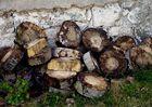 Holz vor der Hütte