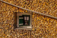 Holz vor der Hütt´n oder doch bloss eingerahmt