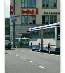 .. homeward bound .. Friedrich-Engels-Allee/BundesAllee, (vorbei der ÖPNV am Döppersberg)