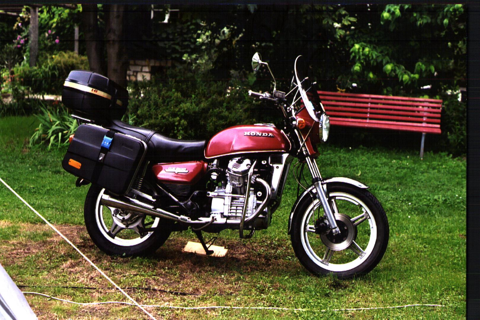 Honda CX500 Spike