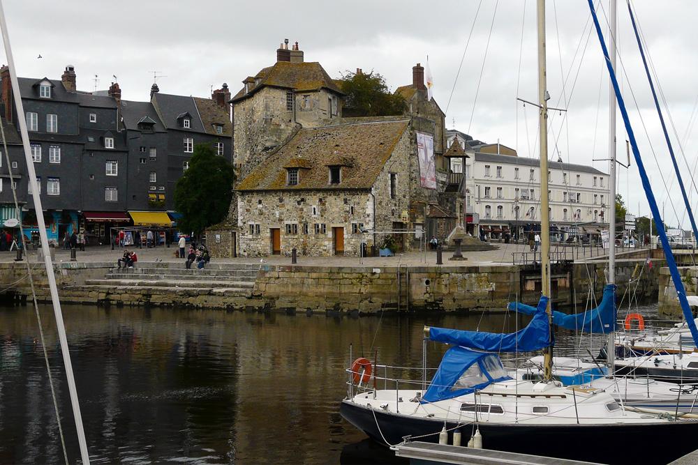 Honfleur - Hafen mit Resten der alten Festung