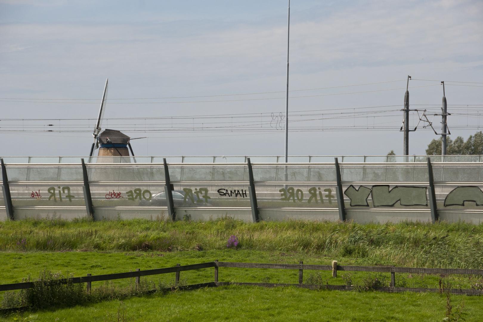 Hoogmade - Hoogmadeseweg - Motorway A4 and High Speed Railway