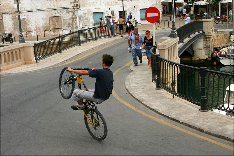 Hoppla Einbahnstrasse