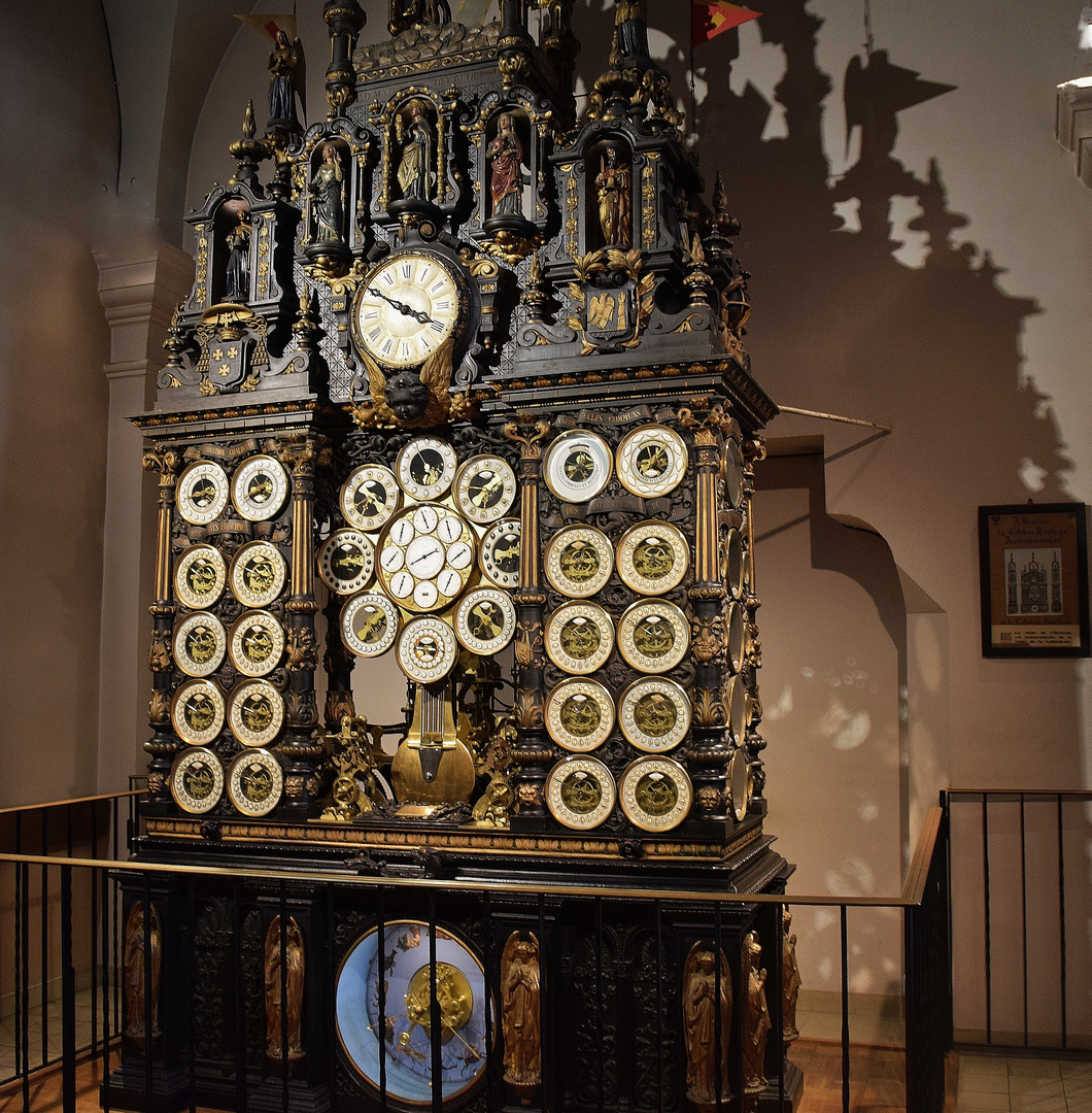 Horloge astronomique de Besançon.....