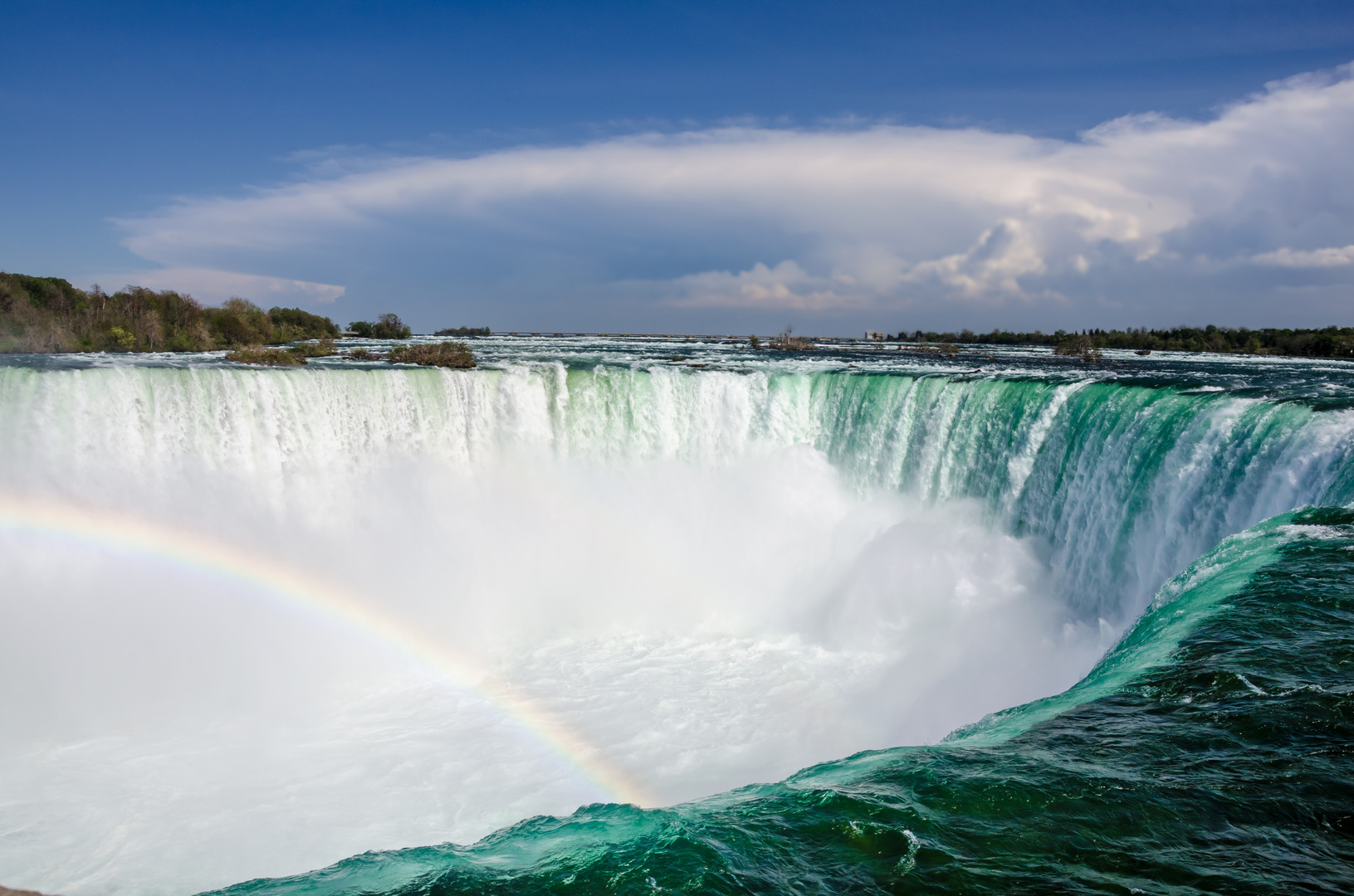 Nouveau concours : La chute d'eau (Verrouillé). Horse-shoe-wasserfall-ba92a972-9e09-4478-9a3d-a88a5fb60051