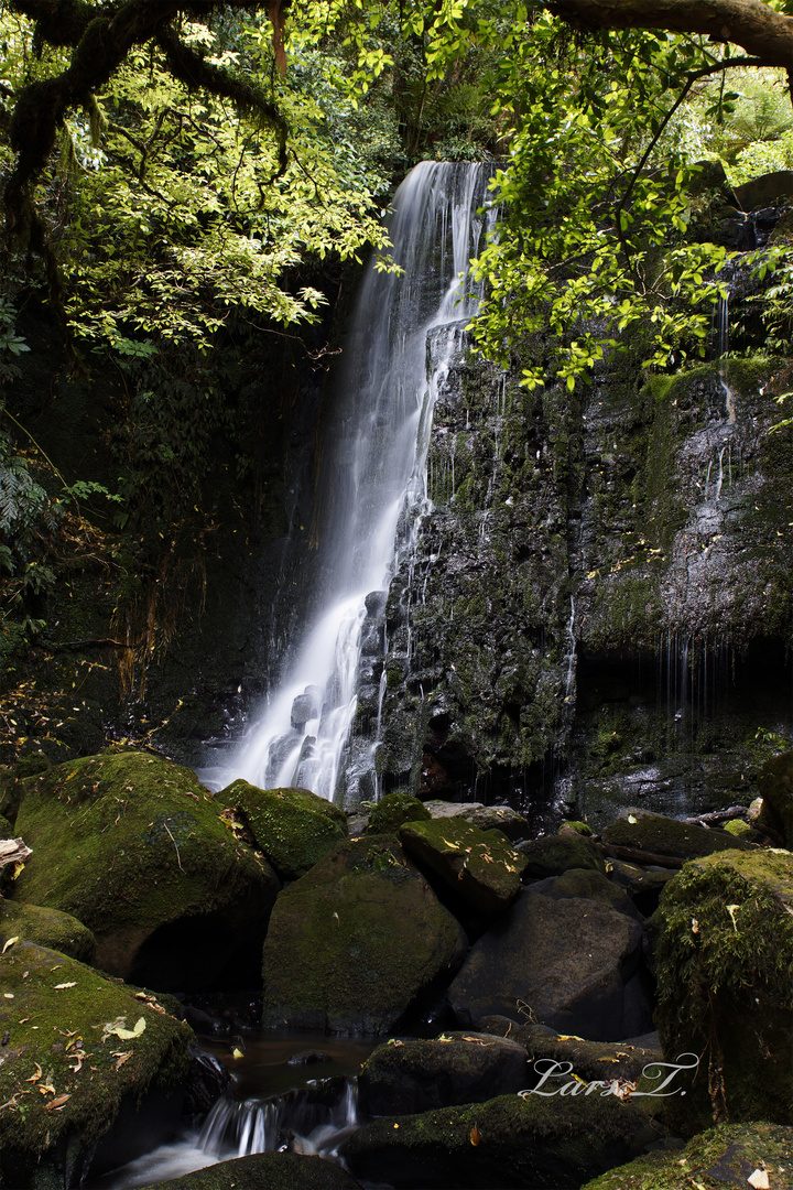 Horseshoe Waterfall (New Zealand)