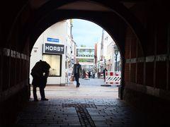 Horst. ..