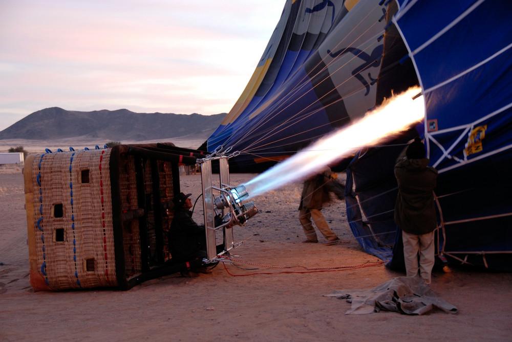 Hot Air Ballooning in der Namib