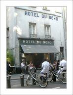 """""""Hôtel du Nord""""...  Courte pause des serveurs... # 1"""
