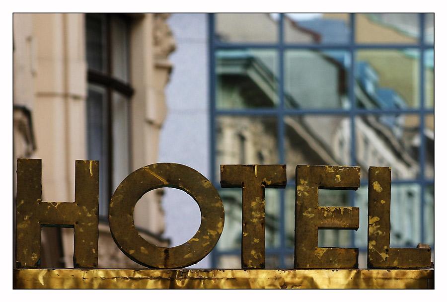 Hotel zur langen Dämmerung