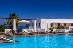Hotelpool, Stromboli-Stadt, Stromboli, Liparische Inseln, Sizilien