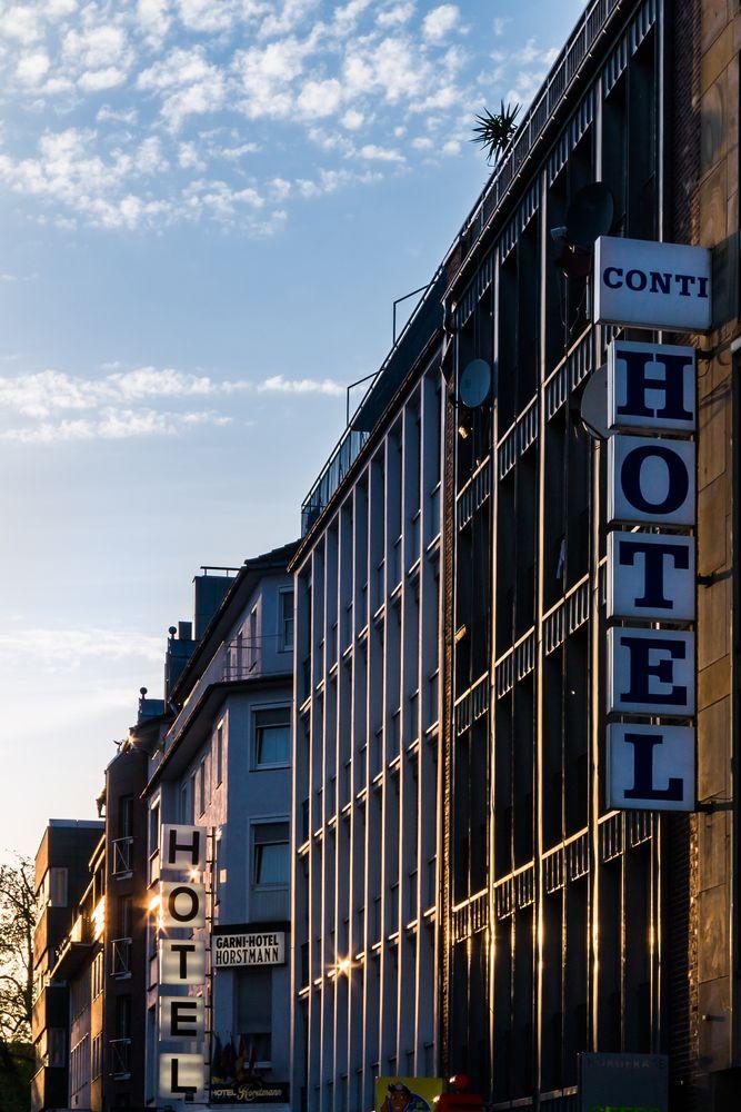 Hotels im Abendlicht