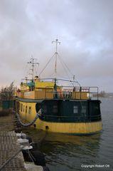 Hotelschiff sinkt am 25 November 2010