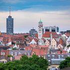 Hotelturm und Moritzkirche
