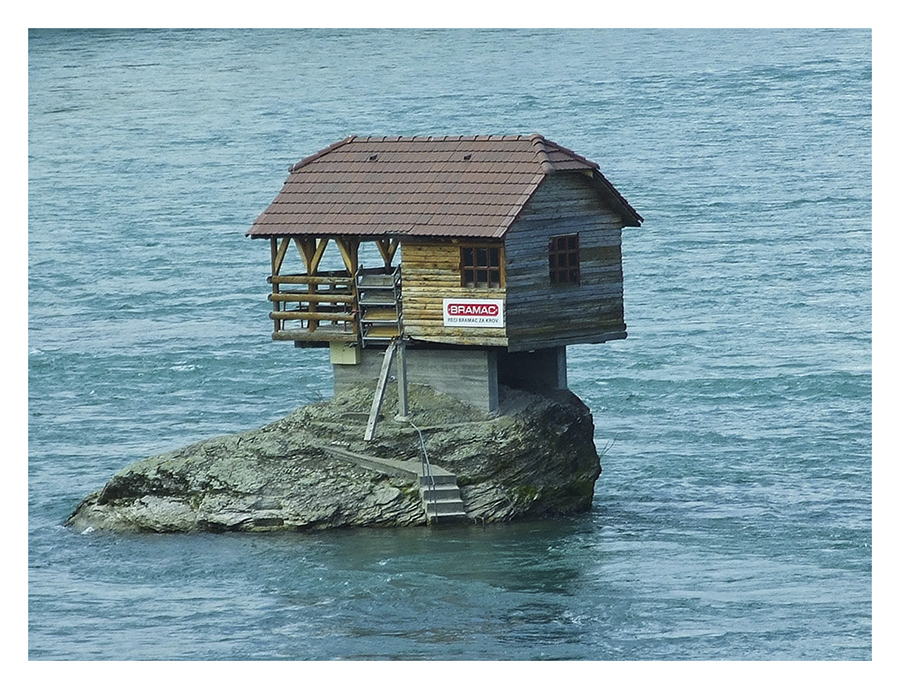house on river Drina