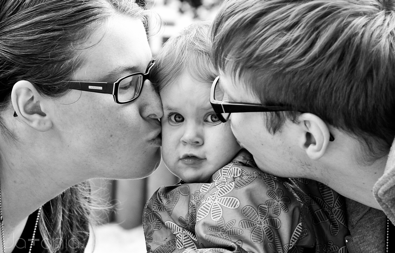 How to love your little ones.