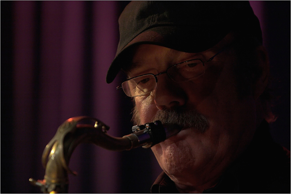 Howie Casey, Saxophone...