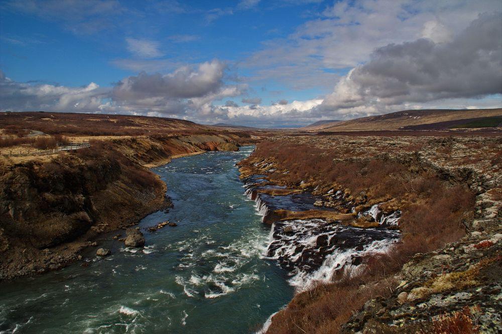 Hraunfossar - Lavawasserfälle