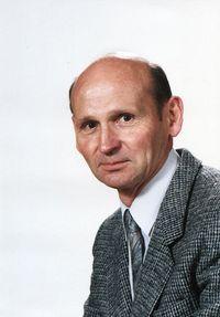 Hubert CM Van Roy