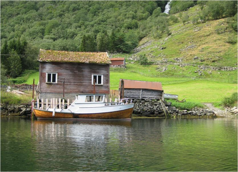Hütte mit Boot