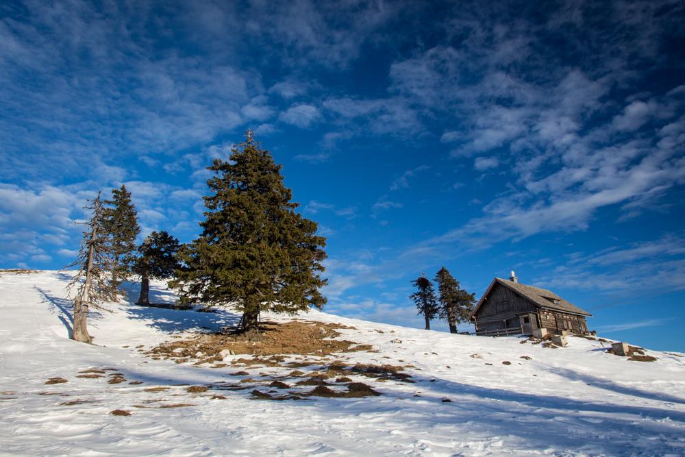 hüttenzauber foto  bild  jahreszeiten winter natur