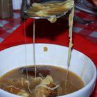hummm!!! la soupe à l'oignon ...