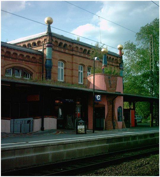 Hunderwasser- Bahnhof in Uelzen 4