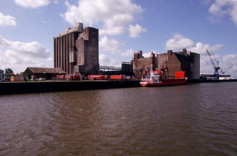Husumer Außenhafen
