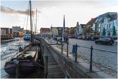 Husumer Hafen am Abend