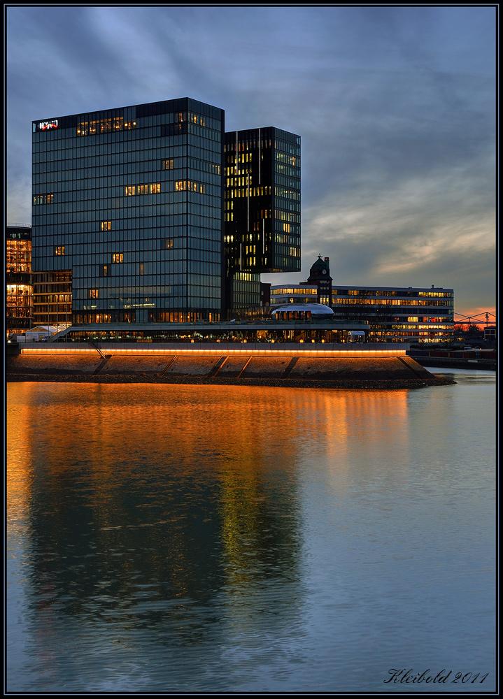 Hyatt im Düsseldorfer Medienhafen