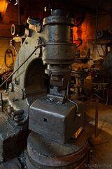 Hydraulischer Schmiedehammer