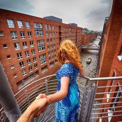 I Follow You: Blick in die Speicherstadt
