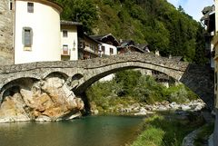 ...i ponti sul Lys... °