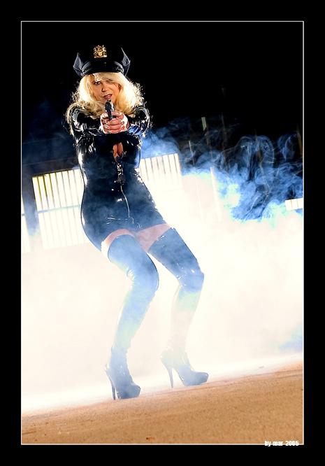 *** I shot the photographer ***