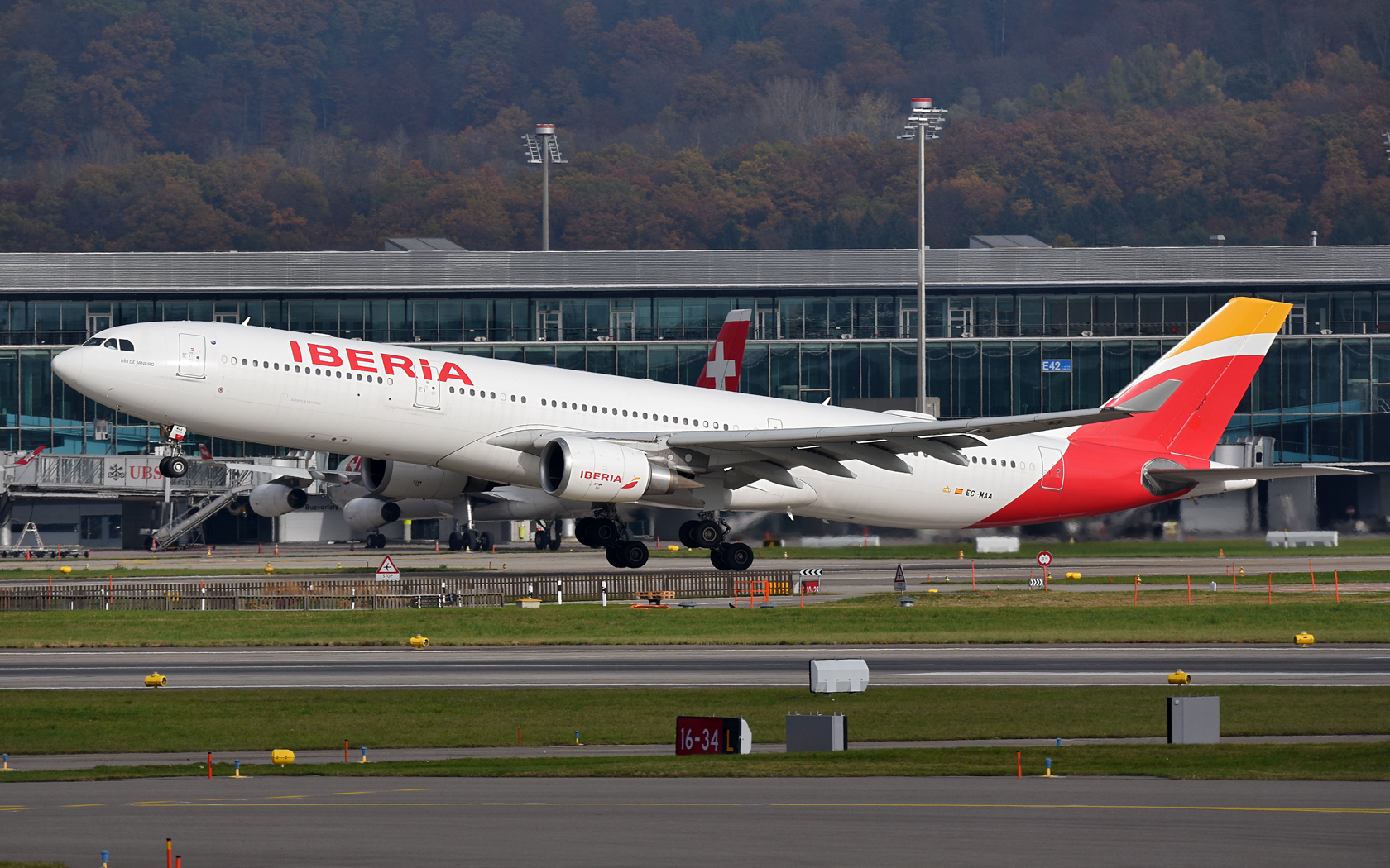 Iberia Airbus A330-300 EC-MAA