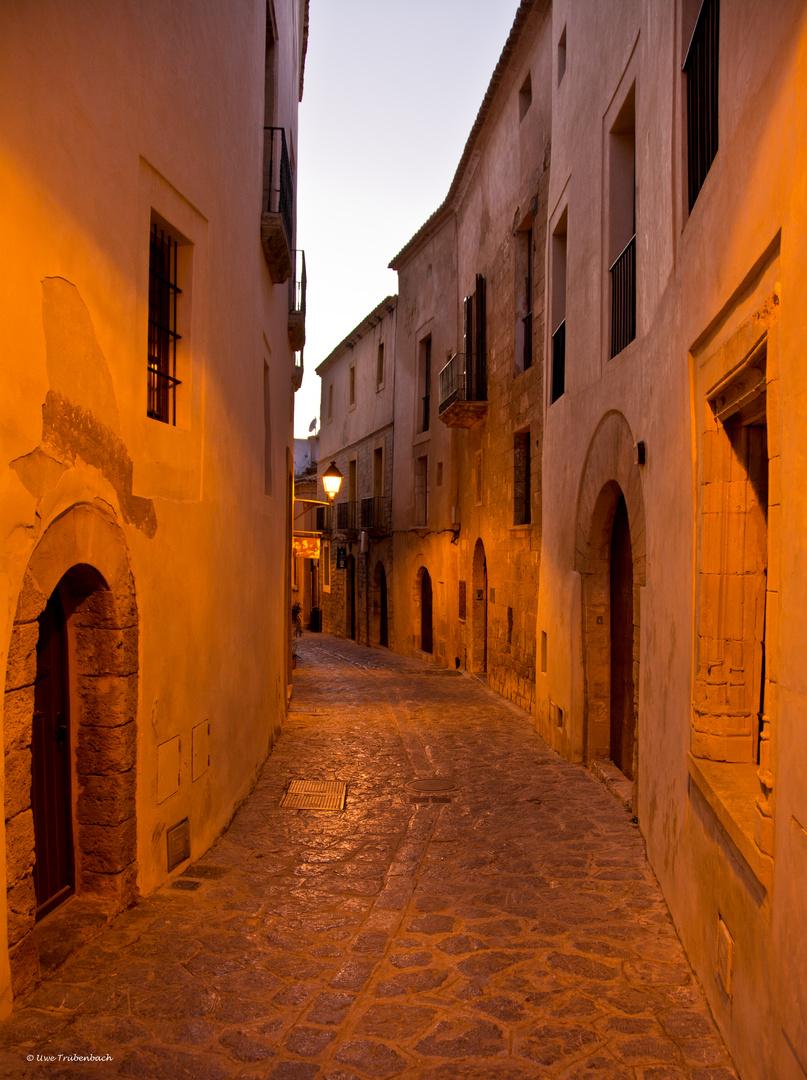 Ibiza / Gasse in Dalt Vila