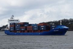 ICE BIRD   -   Containerschiff