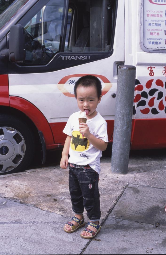 icecream and kid