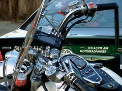 °°° Ich achte auf Motorradfahrer - Und ich achte auch auf Autofahrer °°°
