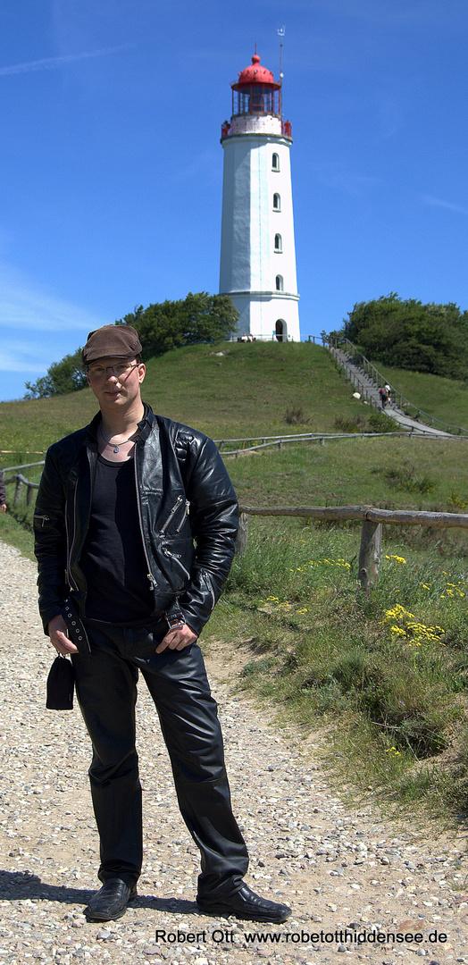 Ich am Leuchtturm Dornbusch von Hiddensee